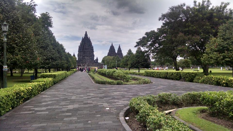 Walking into the Hindu temples of Prambanan