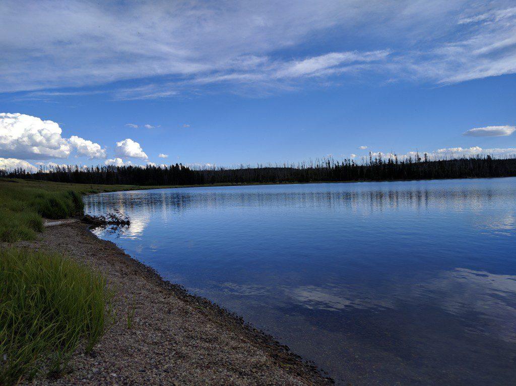 Grebe Lake - Yellowstone