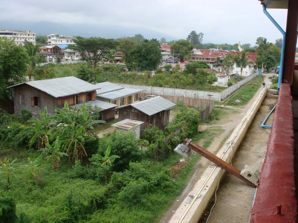 View from our hotel in Nyuang Shwe.