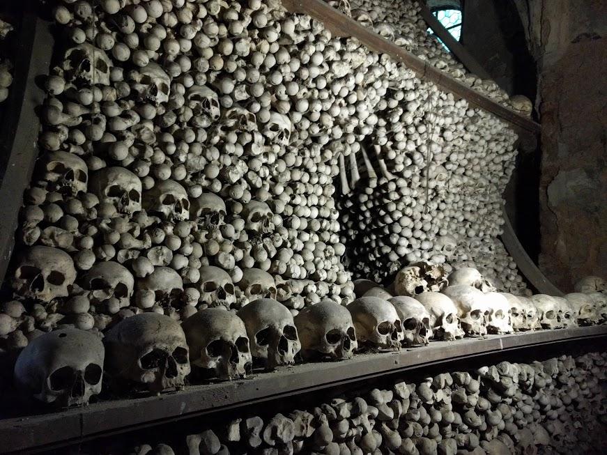 Sedlec Ossuary - Skull Museum